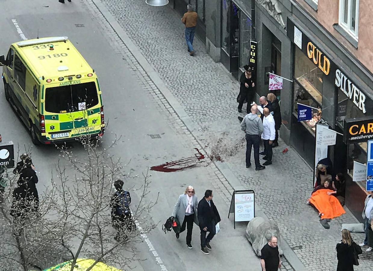 Las dramáticas escenas del atropello de un camión en Estocolmo